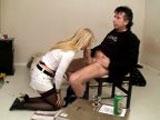 Epouse soumise sodomisée devant son mari