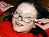 Du sperme plein les lunettes pour Josianne