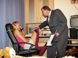 Jeune fille encul�e par son beau p�re dans la chambre