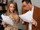 Jeune actrice de x couche avec le directeur de sa fac