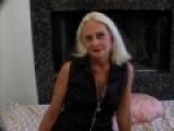 Mamie salope enculée par deux baiseurs