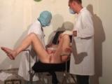 Auscultation chez les deux gynecologues psychopathes